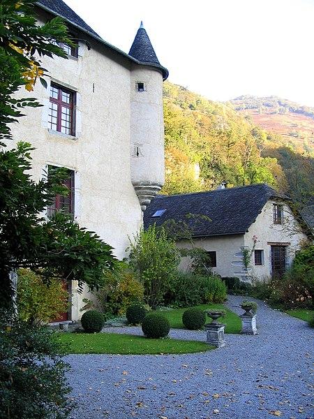Photo du Monument Historique Château de Béon situé à Aste-Béon
