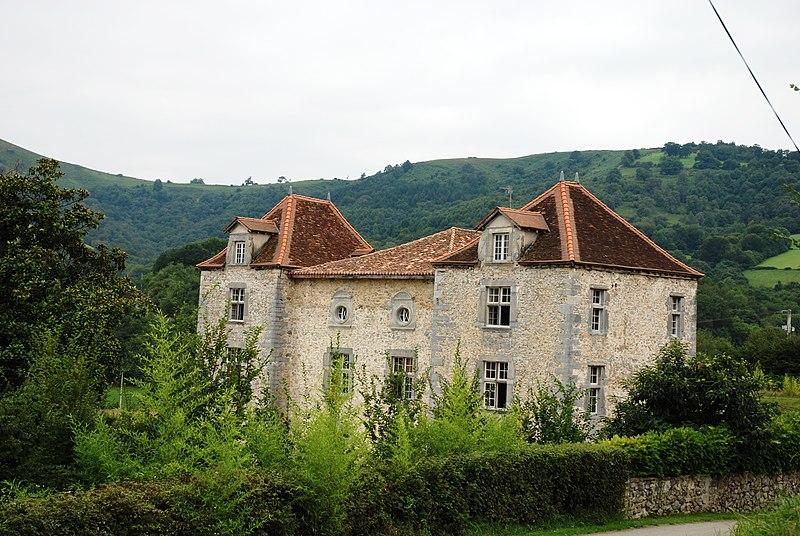 Photo du Monument Historique Château d'Olce situé à Iholdy