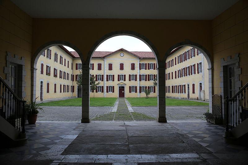 Photo du Monument Historique Ancien séminaire situé à Larressore