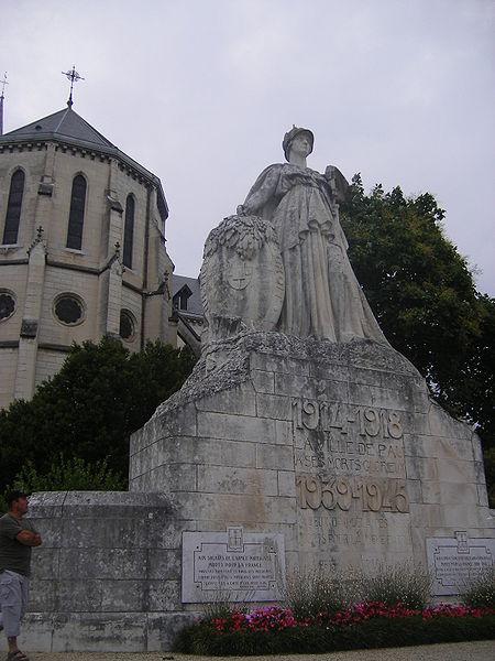 Photo du Monument Historique Monument aux morts de la guerre 1914-1918 situé à Pau