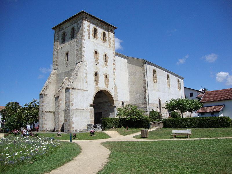 Photo du Monument Historique Eglise Saint-Pierre situé à Saint-Pée-sur-Nivelle