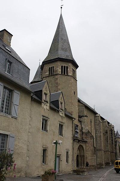 Photo du Monument Historique Maison de Saint-Exupère situé à Arreau