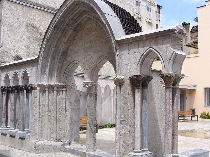 Photo du Monument Historique Ancienne église Saint-Jean situé à Bagnères-de-Bigorre
