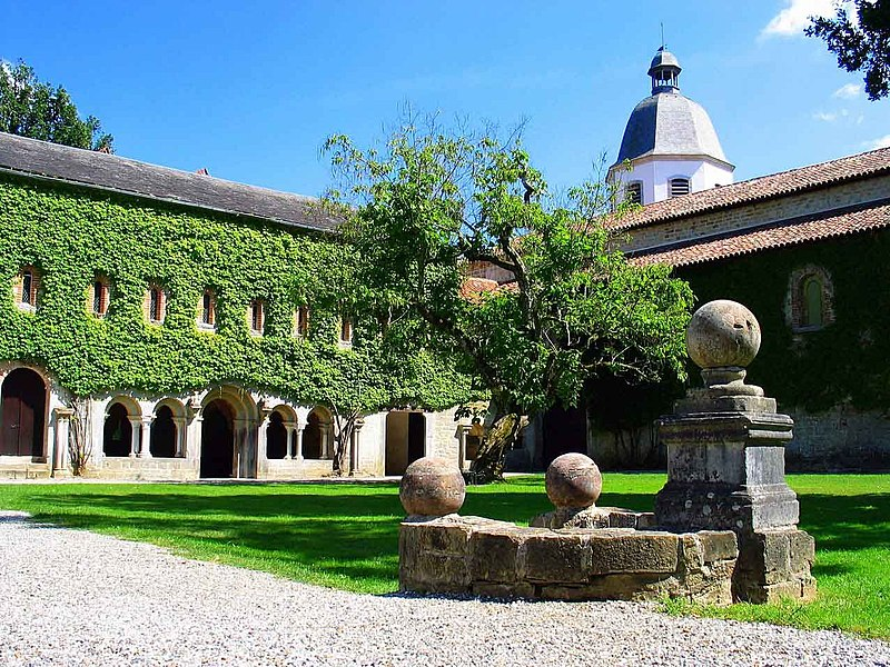 Photo du Monument Historique Abbaye de l'Escaladieu situé à Bonnemazon