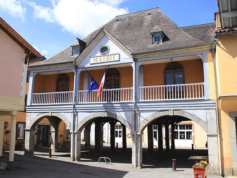 Photo du Monument Historique Ancienne mairie-Halle situé à Galan