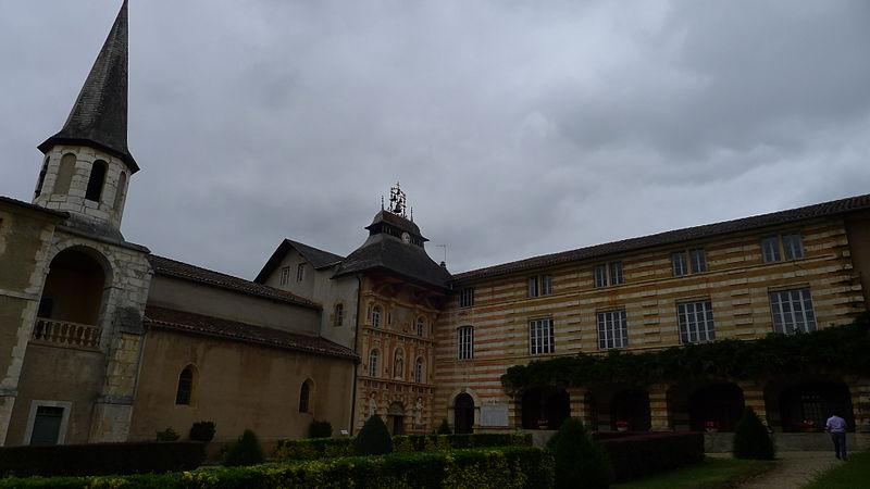 Photo du Monument Historique Chapelle Notre-Dame-de-Garaison et bâtiments conventuels situé à Monléon-Magnoac