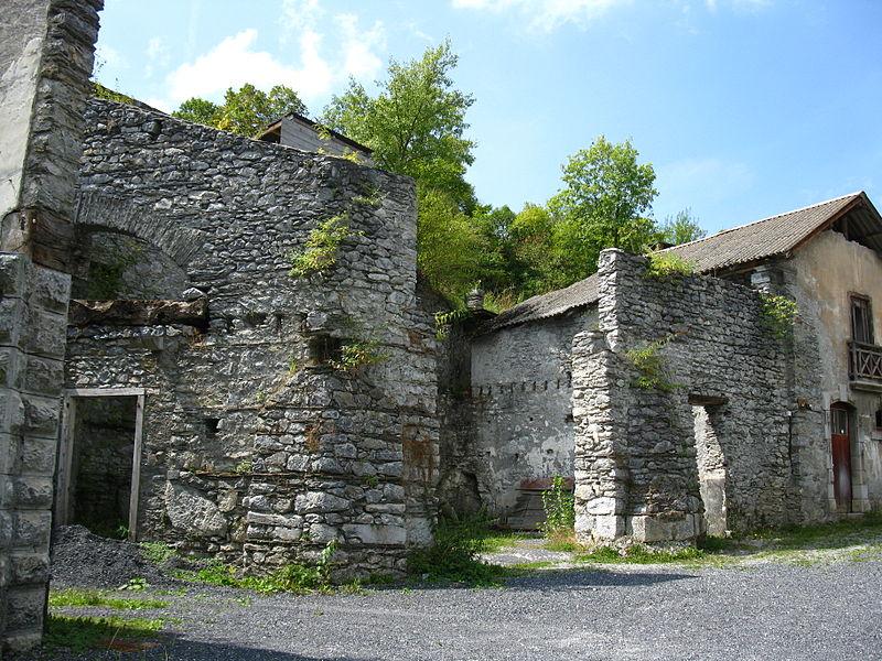 Photo du Monument Historique Ancien four a chaux situé à Lourdes