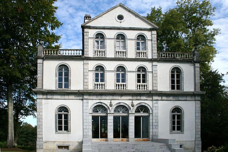 Photo du Monument Historique Château de l'Angle situé à Pouzac
