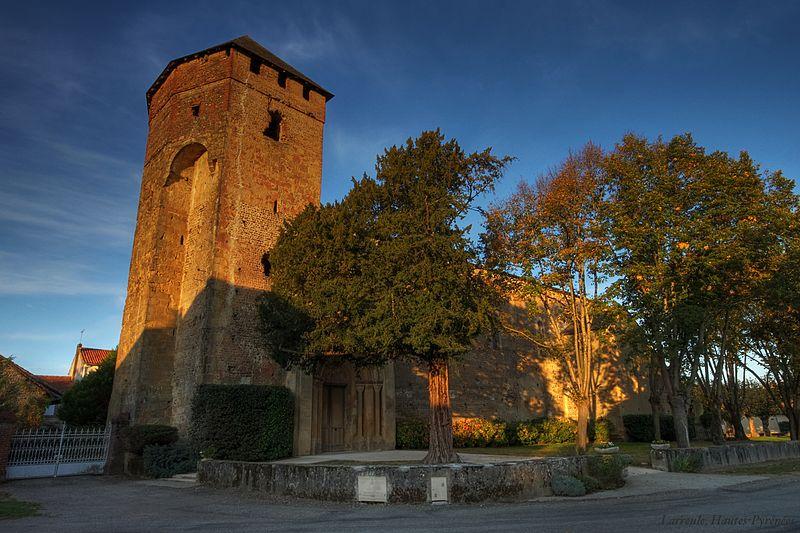 Photo du Monument Historique Eglise Saint-Orens situé à Larreule