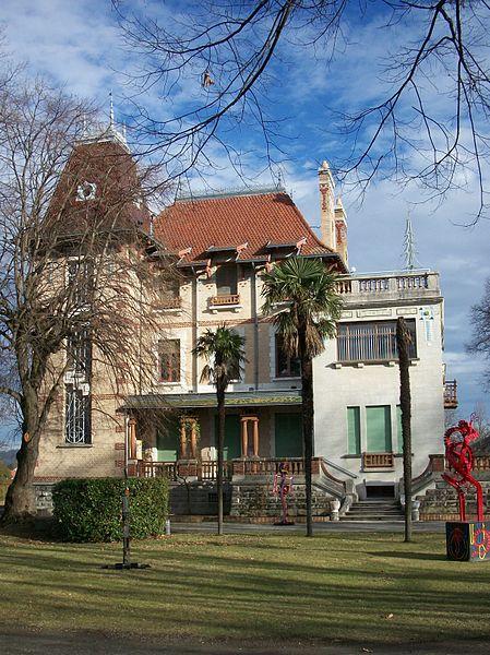 Photo du Monument Historique Villa Oustau situé à Aureilhan