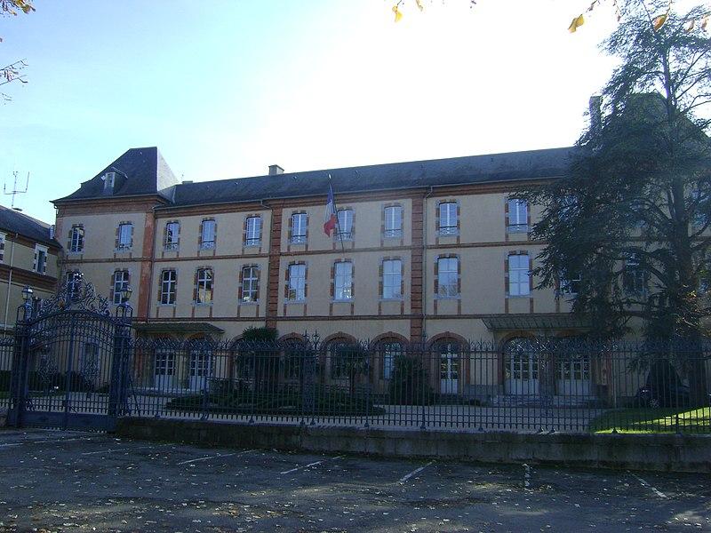Photo du Monument Historique Préfecture des Hautes-Pyrénées situé à Tarbes