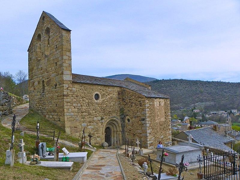 Photo du Monument Historique Ancienne église paroissiale Saint-André dite aussi la vieille église situé à Angoustrine-Villeneuve-des-Escaldes