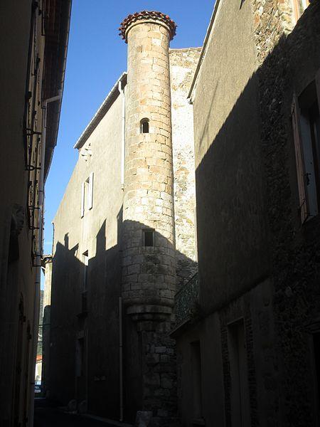 Photo du Monument Historique Tour d'angle, dite tour du Viguier situé à Caudiès-de-Fenouillèdes