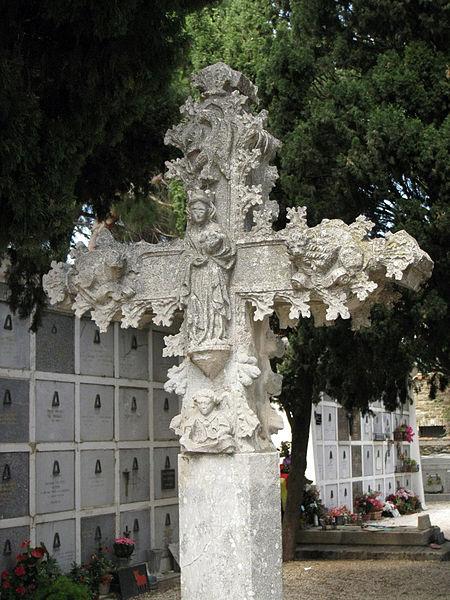 Photo du Monument Historique Croix de cimetière situé à Collioure