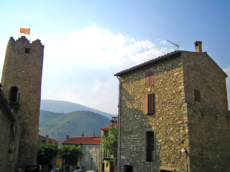 Photo du Monument Historique Ancien château des Comtes de Conflent-Cerdagne situé à Corneilla-de-Conflent