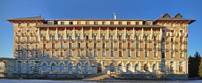 Photo du Monument Historique Grand-Hôtel situé à Font-Romeu-Odeillo-Via