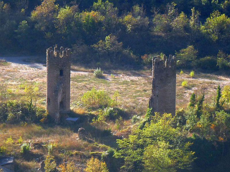 Photo du Monument Historique Restes de la bastide situé à Olette
