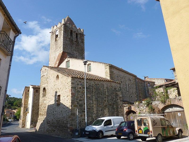 Photo du Monument Historique Eglise paroissiale Saint-Jean l'Evangéliste situé à Oms