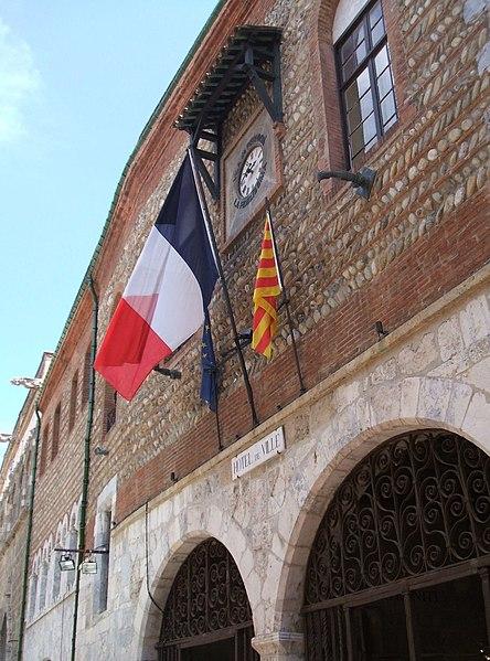 Photo du Monument Historique Hôtel de ville situé à Perpignan