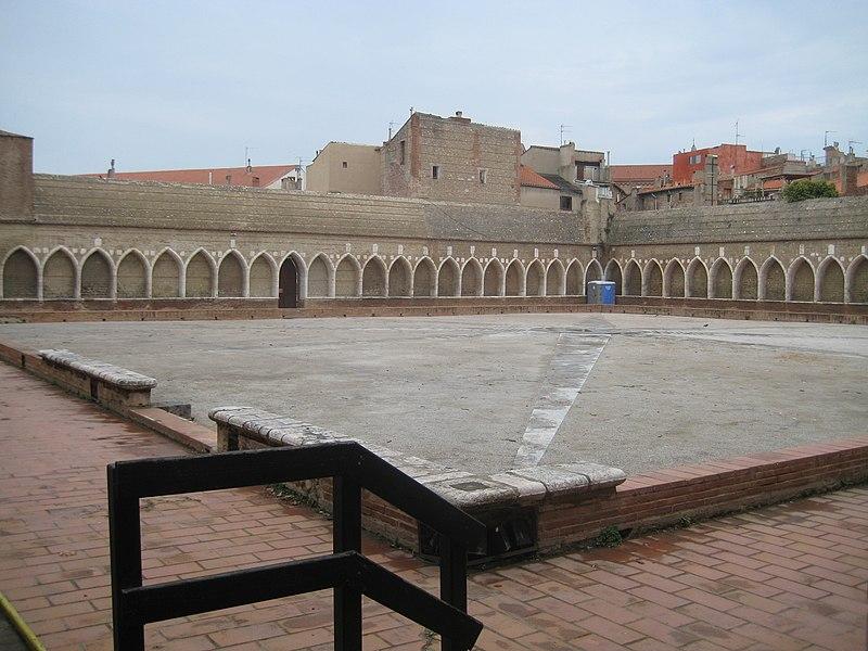 Photo du Monument Historique Ancien grand Séminaire situé à Perpignan