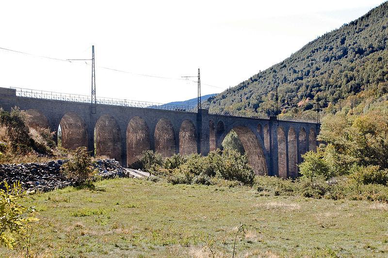 Photo du Monument Historique Viaduc sur le Carol situé à Porta