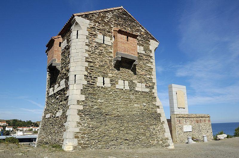 Photo du Monument Historique Redoute Béar situé à Port-Vendres