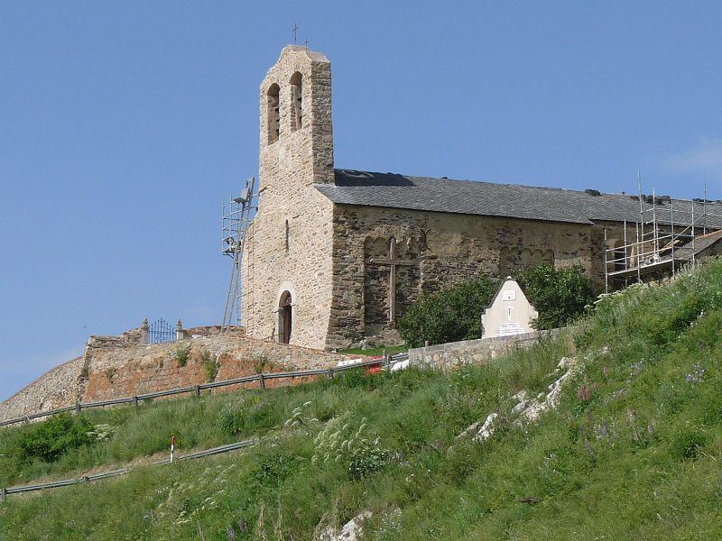 Photo du Monument Historique Eglise Saint-Romain situé à Réal