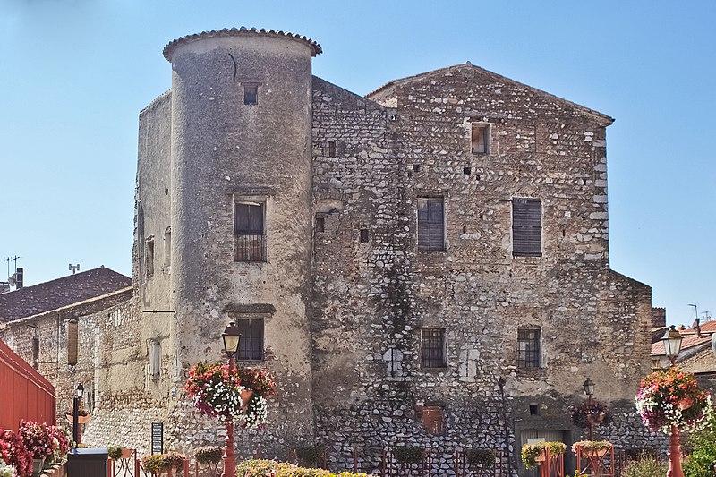 Photo du Monument Historique Château situé à Saint-Hippolyte