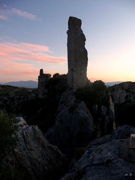 Photo du Monument Historique Parties subsistantes du château situé à Tautavel