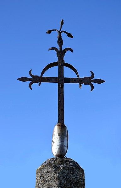Photo du Monument Historique Croix en fer forgé situé à Ur