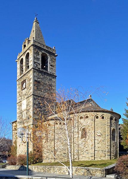 Photo du Monument Historique Eglise Saint-Martin situé à Ur