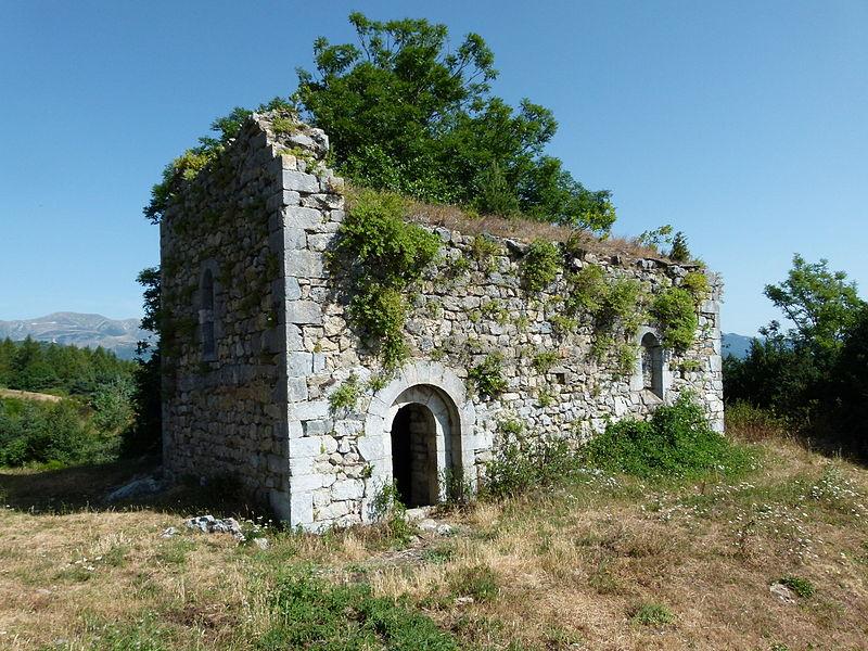 Photo du Monument Historique Chapelle Sainte-Marguerite et Hospice Sainte-Marie ou Notre-Dame du col d'Ares situé à Prats-de-Mollo-la-Preste