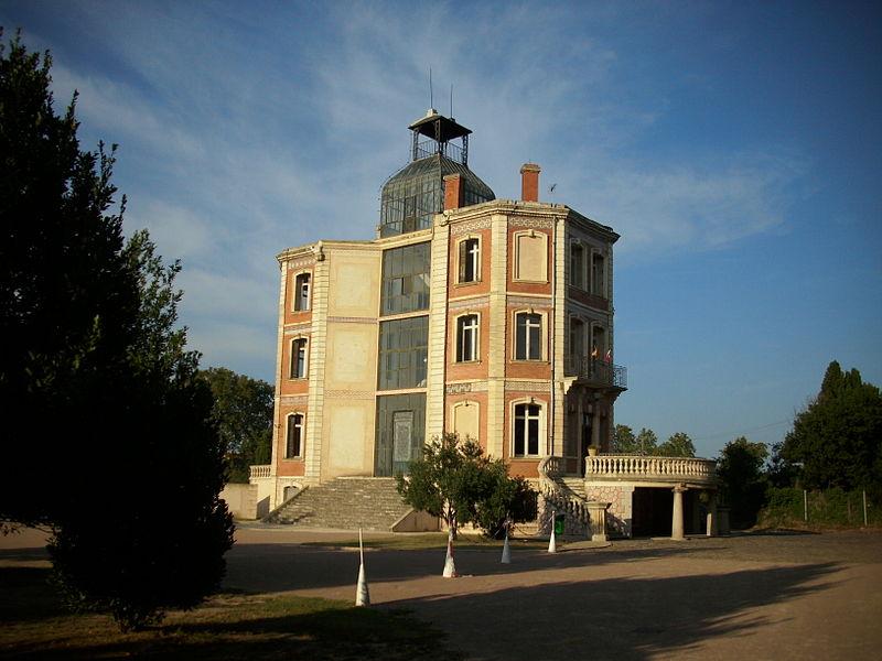 Photo du Monument Historique Ancienne maternité Suisse d'Elne, ancien château d'En Bardou situé à Elne