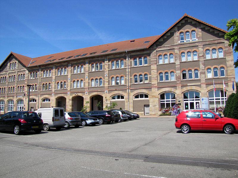 Photo du Monument Historique Centre de fermentation des tabacs situé à Benfeld