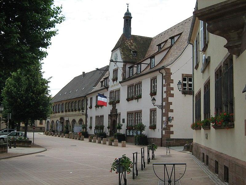 Photo du Monument Historique Hôtel de ville situé à Bouxwiller