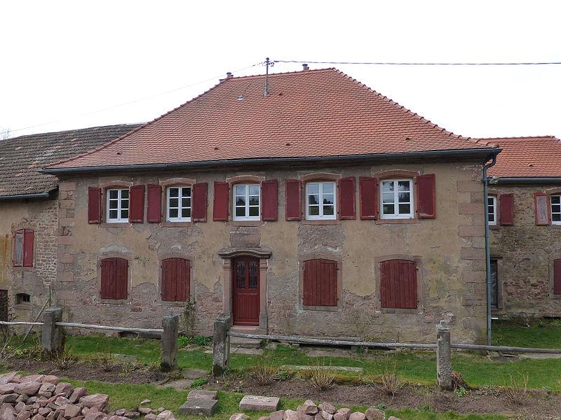 Photo du Monument Historique Ancienne ferme mennonite situé à Broque (La)
