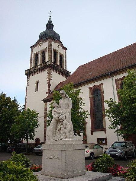 Photo du Monument Historique Eglise simultanée Saint-Jacques-le-Majeur situé à Dettwiller