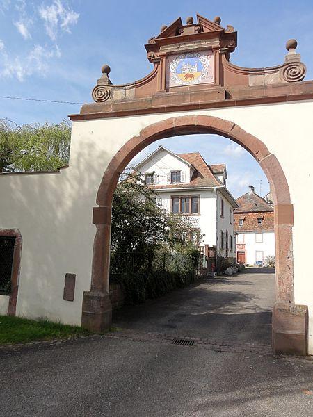Photo du Monument Historique Ancienne église abbatiale Saint-Maurice situé à Ebersmunster