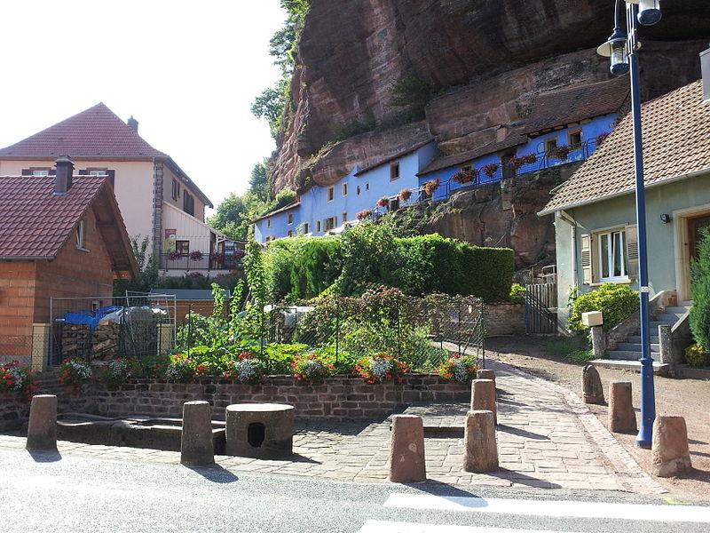 Photo du Monument Historique Maisons troglodytiques de Graufthal : les éléments bâtis situé à Eschbourg