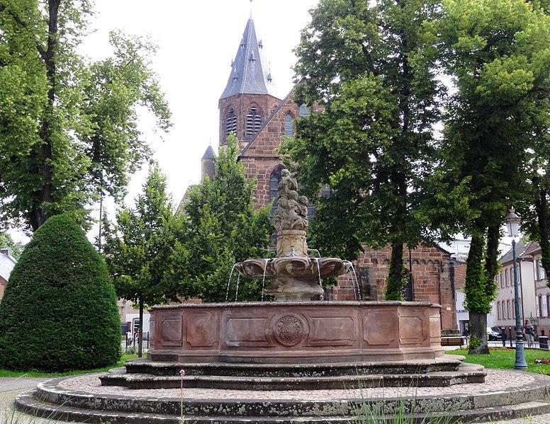 Photo du Monument Historique Fontaine aux Abeilles situé à Haguenau