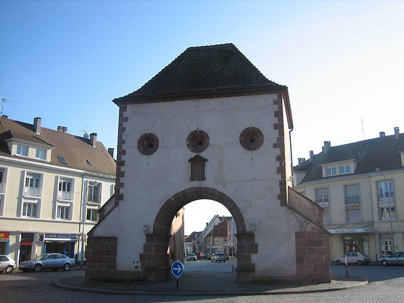 Photo du Monument Historique Porte de Wissembourg situé à Haguenau