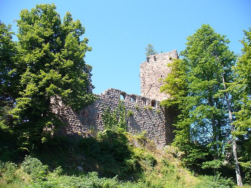 Photo du Monument Historique Vestiges du château de Landsberg situé à Heiligenstein