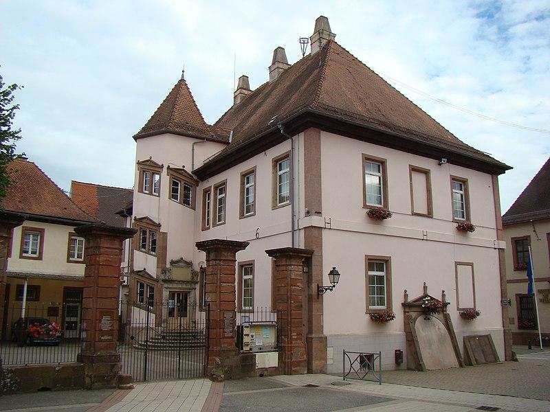 Photo du Monument Historique Ancien château épiscopal situé à Lauterbourg