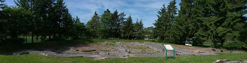Photo du Monument Historique Thermes gallo-romains (également sur commune de Waldhambach) situé à Mackwiller