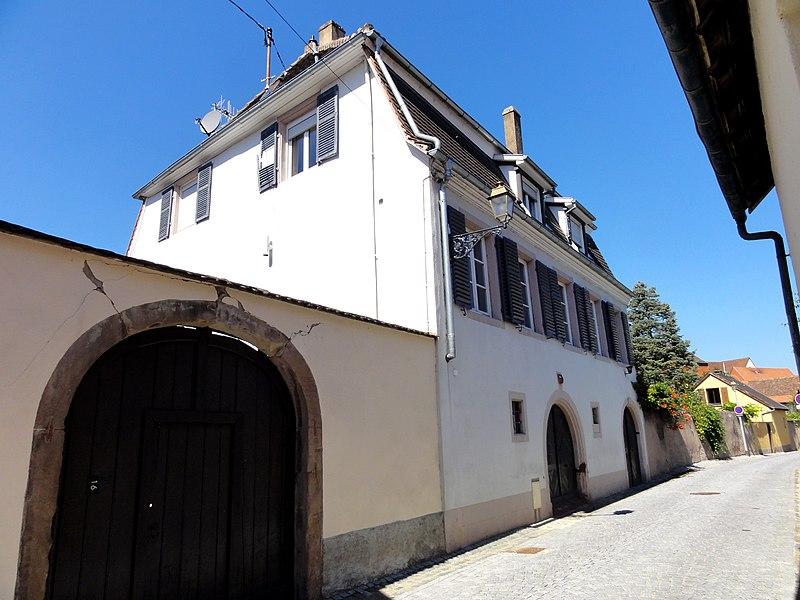 Photo du Monument Historique Ancienne Cour d'Altorf situé à Molsheim