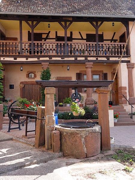 Photo du Monument Historique Puits situé à Neuwiller-lès-Saverne