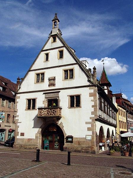 Photo du Monument Historique Halle aux blés (anciennes boucheries) situé à Obernai