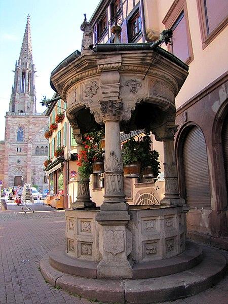 Photo du Monument Historique Puits à six seaux situé à Obernai