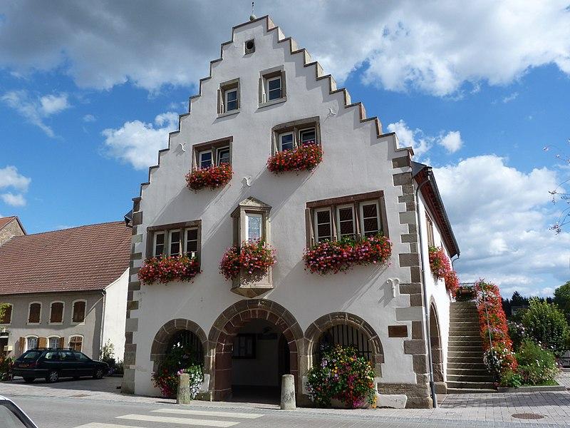 Photo du Monument Historique Mairie situé à Oermingen