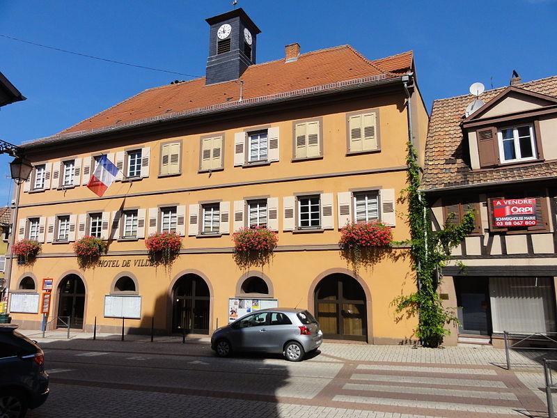 Photo du Monument Historique Mairie situé à Pfaffenhoffen